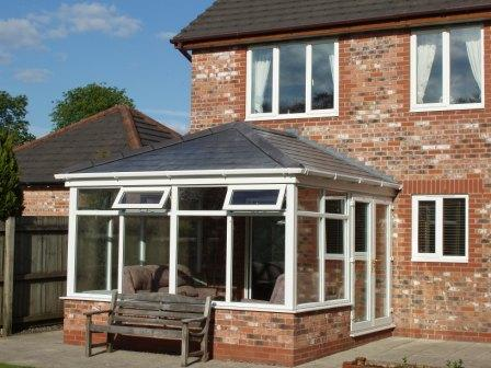 Edwardian Conservatories - Hardwood Edwardian Conservatory with a Tiled Roof